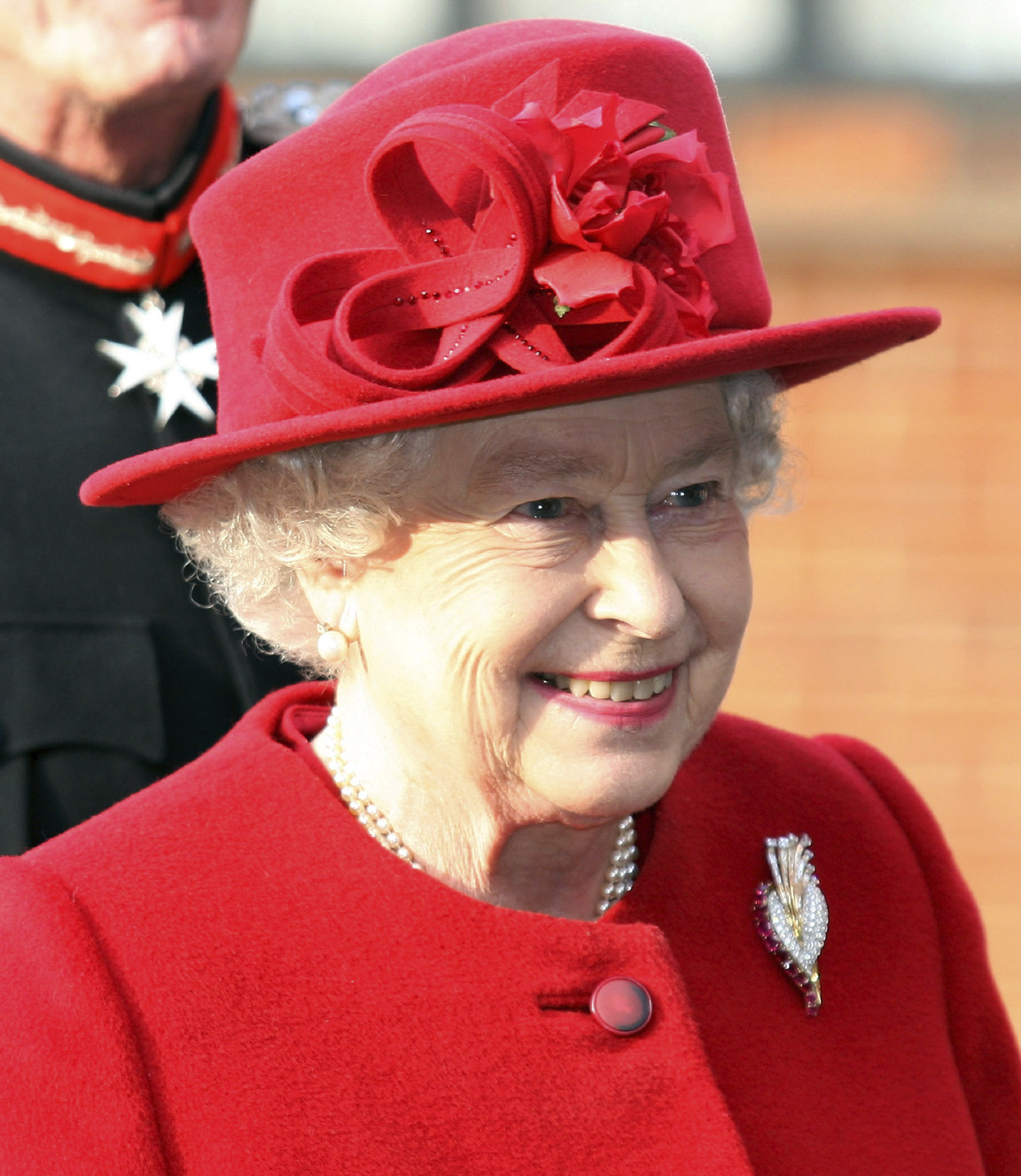 Study peacemaking, urges Queen